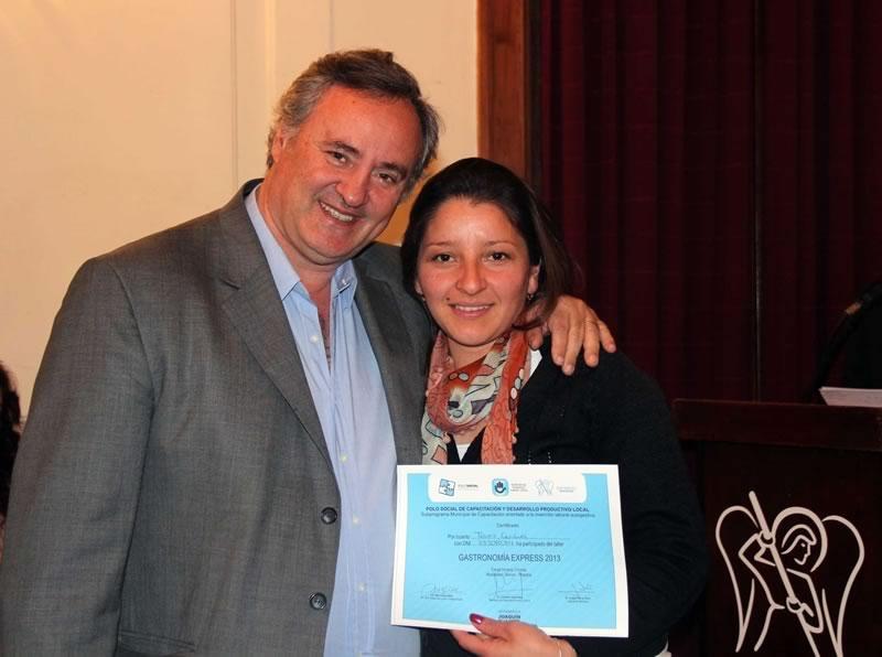 En San Miguel entregaron certificaciones y diplomas de capacitación