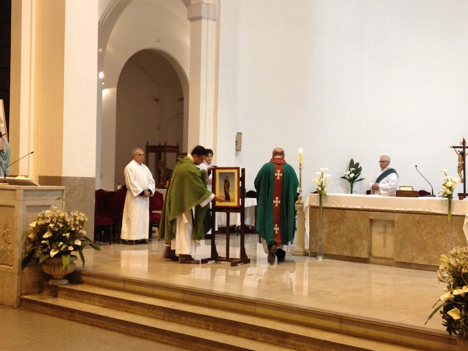 Autoridades municipales participaron de una misa en honor a San Miguel