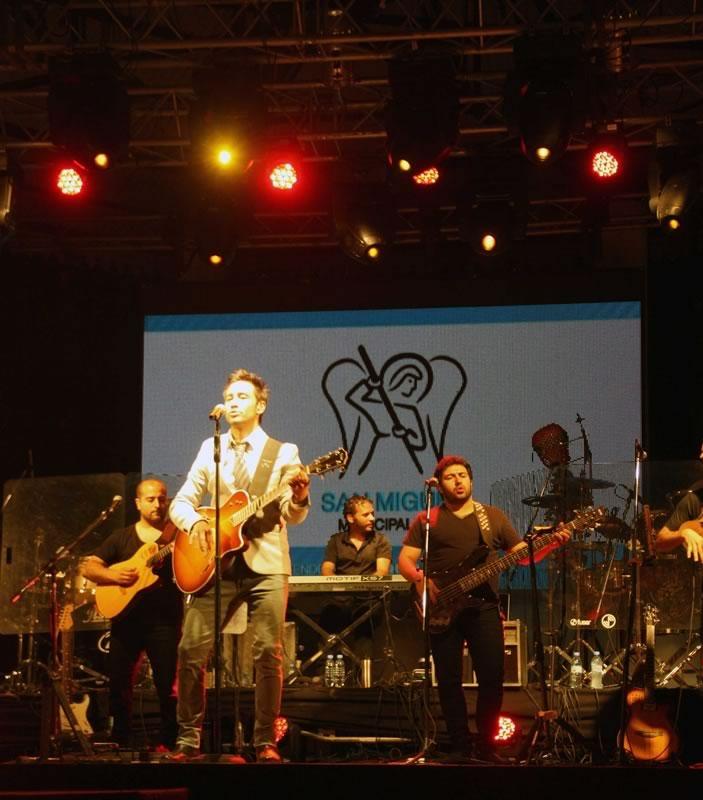 La renovada Plaza de las Carretas arrancó a lo grande: 30 mil personas disfrutaron del show de Luciano Pereyra en el cierre del V Festival Folklórico de San Miguel