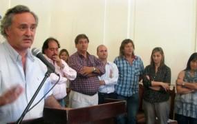 Junto-al-jefe-comunal-estuvieron-presentes-autoridades-provinciales-así-como-gran-parte-del-gabinete-ejecutivo-municipal-1024x643