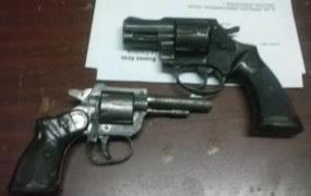 San Miguel: 4 aprehendidos, 2 armas de fuego secuestradas y dinero en efectivo en prevención
