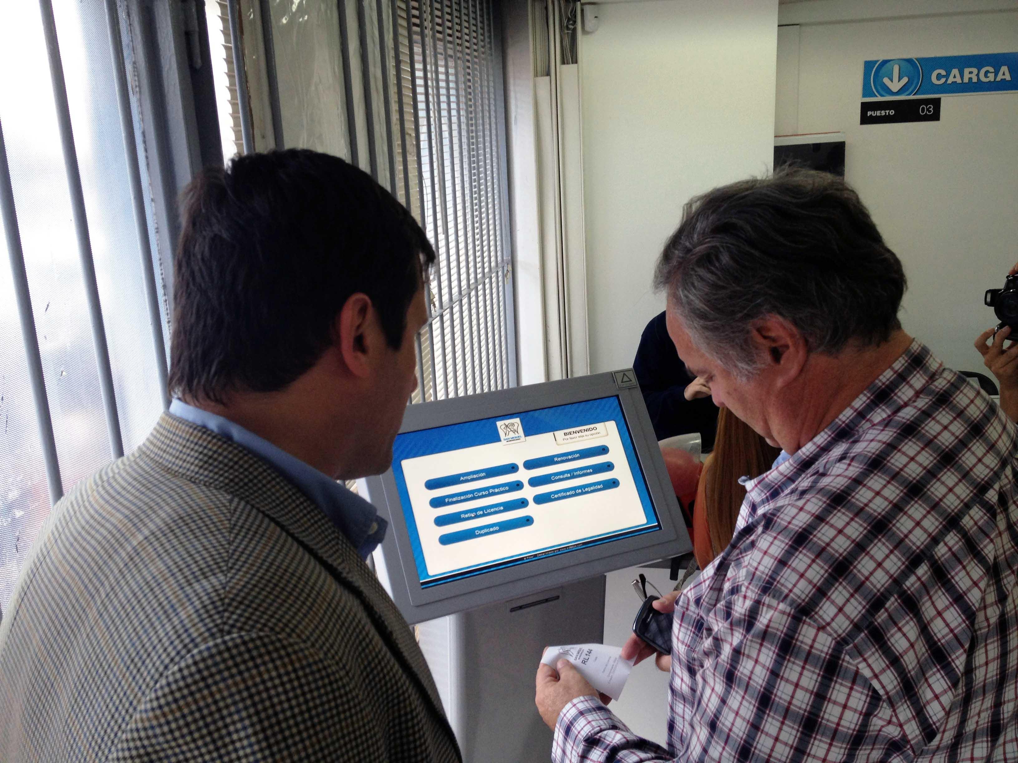 Se presentó un nuevo, ágil y moderno Sistema de Turnos en la Dirección de Licencias de Conducir