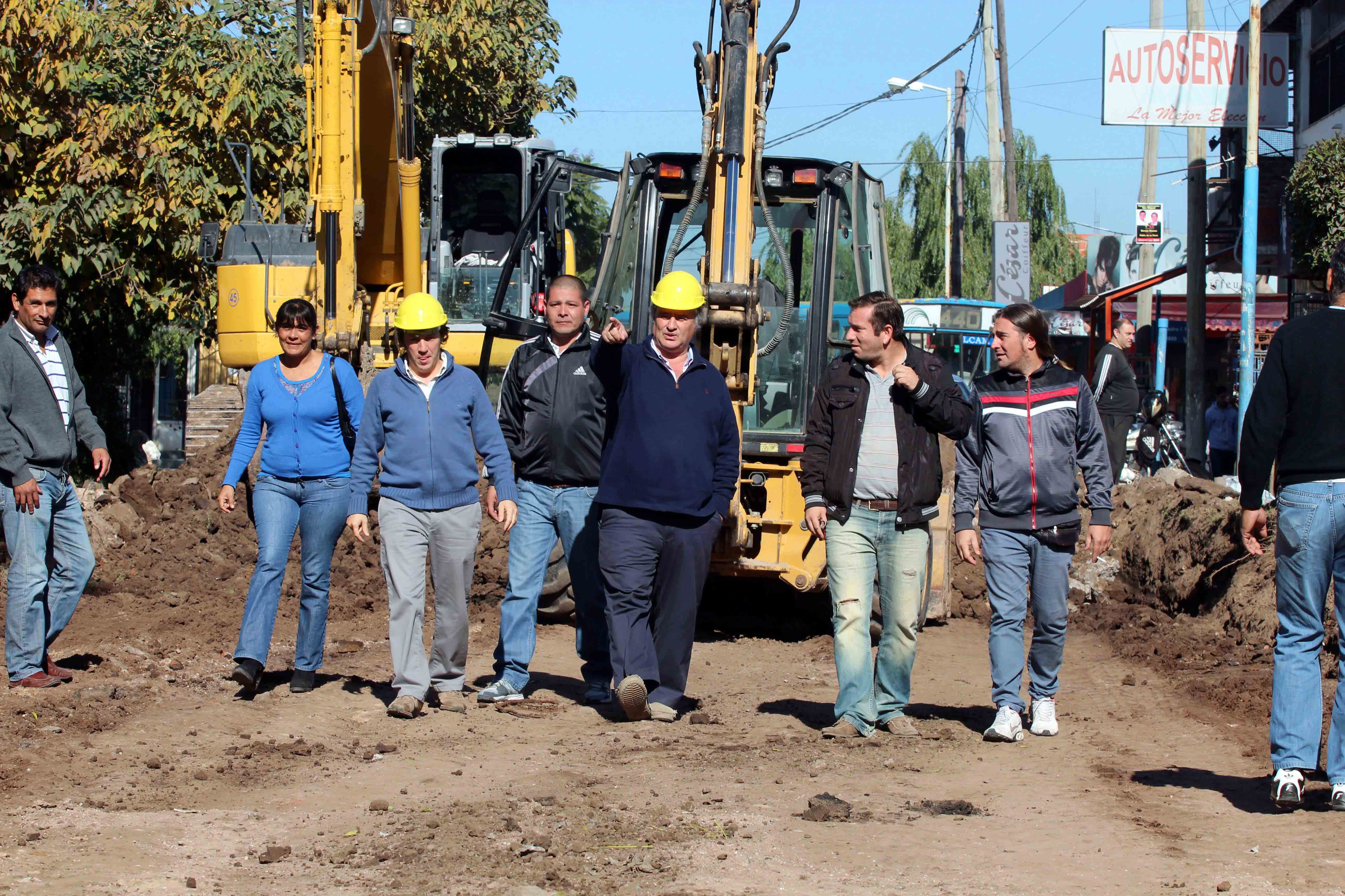 Arrancó importante obra de asfalto de quince cuadras en San Miguel