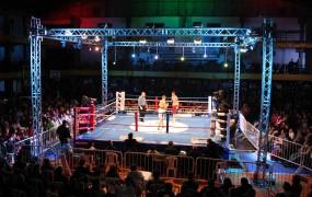 Velada de Boxeo en San Miguel