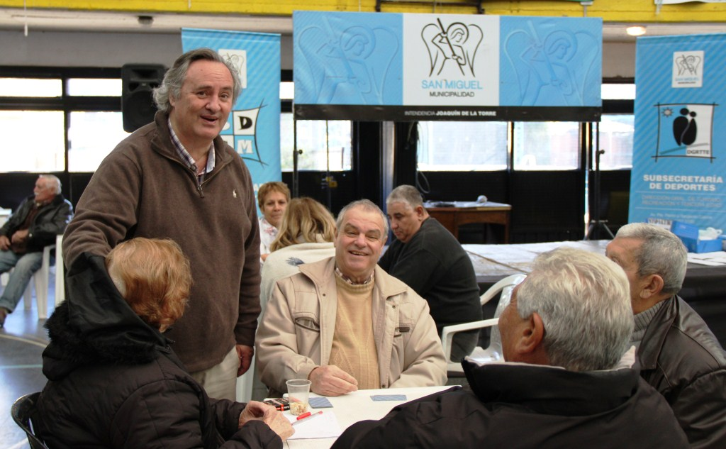 Cientos de adultos mayores participaron del Cierre de Olimpiadas en San Miguel