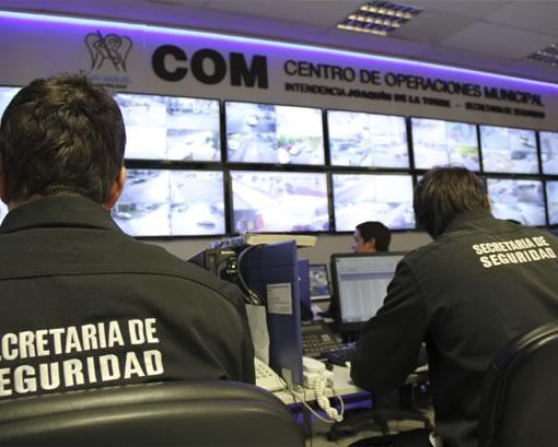 Cámaras de seguridad del municipio logran prevenir un intento de suicidio
