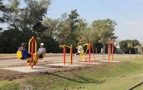 Nuevas máquinas para hacer ejercicio en el Corredor Aeróbico de Bella Vista