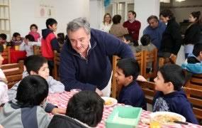 Joaquín de la Torre visitó un hogar de chicos en la semana del Día del Niño