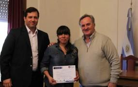 Gestión Pública entregó certificados de capacitación en Informática