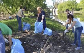 Continúa la limpieza de la futura Reserva Natural en Bella Vista