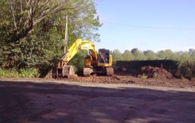 Obras de pavimentación en la calle Santa Ana