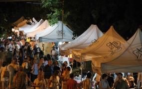 Cientos de vecinos se congregaron en el corredor aeróbico en dos noches a pura cultura literaria