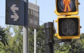 Modernizan los semáforos de la Avenida Balbín a tecnología LED