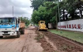 Continúan las tareas de mantenimiento de calles de tierra
