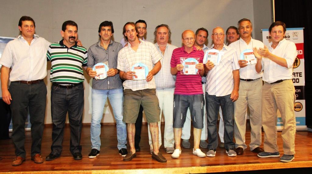 El jefe comunal estuvo acompañado por Max Perkins, Pablo de la Torre, Jaime Méndez y Fernando Inzaurraga