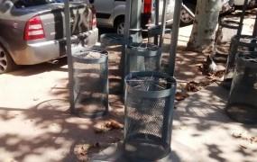 """Nuevos cestos de basura para la """"Plaza D.F. Sarmiento"""""""