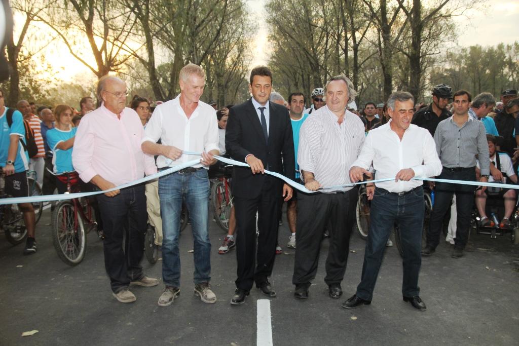 Con una multitudinaria Bicicleteada, se reinauguró el nuevo Velódromo Municipal