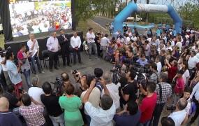 En el escenario, Joaquín de la Torre y Massa hablaron de la importancia del deporte