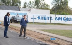 El secretario de Obras Públicas, Jaime Mendez recorriendo las obras