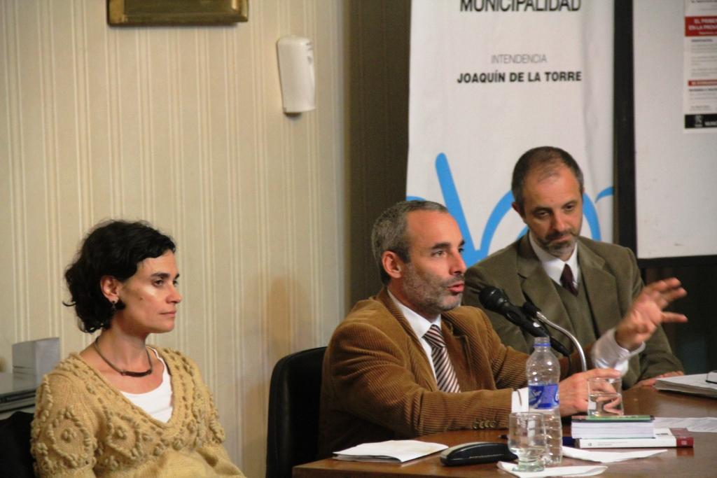 Se realizó el primer seminario sobre juicio por jurados en San Miguel