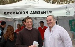 El jefe comunal acompañó a Max Perkins en el evento por el día mundial del medioambiente