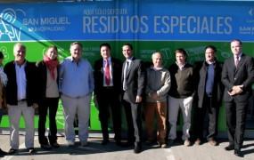 Afianzando la campaña de reciclado, se instaló el primer Ecopunto de residuos especiales en Muñiz