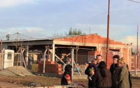 Joaquín de la Torre recorrió la construcción de un nuevo Centro de Desarrollo Infanto-Familiar en Barrio El Polo