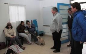 La Unidad Sanitaria Móvil de Zoonosis continúa con las castraciones y vacunaciones gratuitas por los barrios de San Miguel