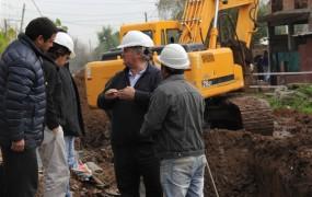 Joaquín recorrió la obra hidráulica de barrio mitre