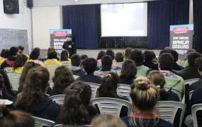 Los alumnos del Monseñor Terrero escucharon atentos la jornada de educación vial