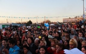 Los vecinos de Santa Brígida saludaron masivamente al campeón