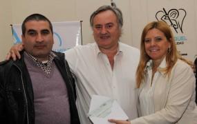 Joaquín de la Torre entregó créditos para la vivienda y subsidios a emprendedores de San Miguel