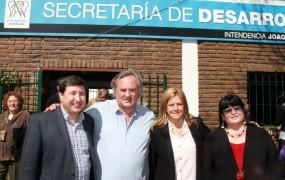 Joaquín de la Torre y Daniel Arroyo recorrieron distintos barrios de San Miguel con eje en el desarrollo social