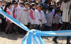 """Con fondos Municipales, Joaquín de la Torre inauguró obras en otra escuela provincial: """"Dicen que les importa la educación y las escuelas se caen a pedazos"""""""