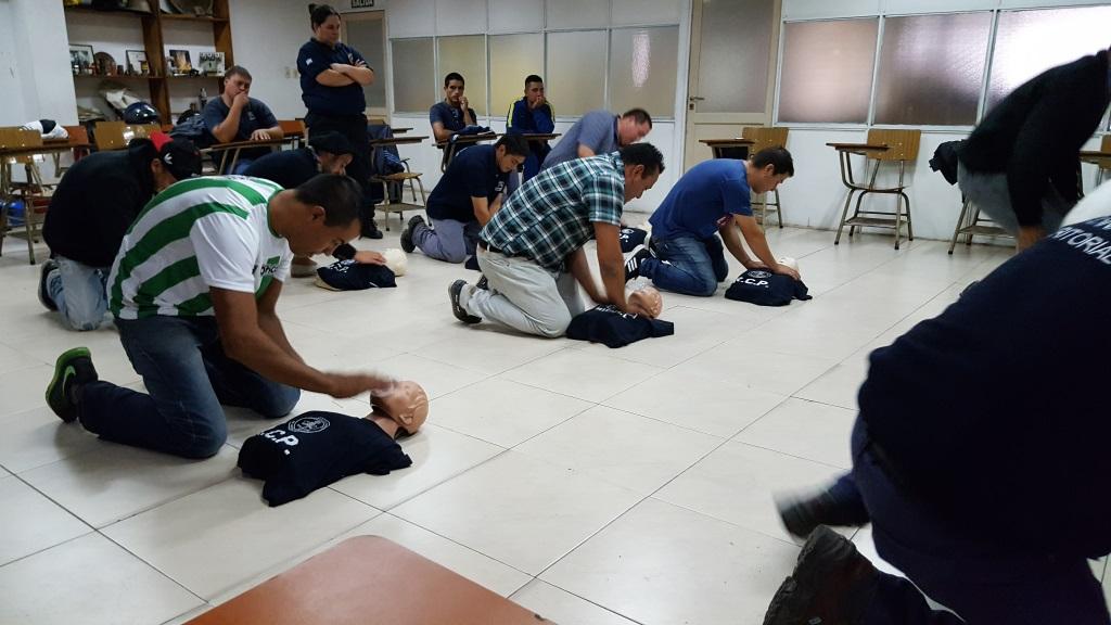 Capacitación en Reanimación Cardio-Pulmonar (RCP) para personal de Espacios Públicos