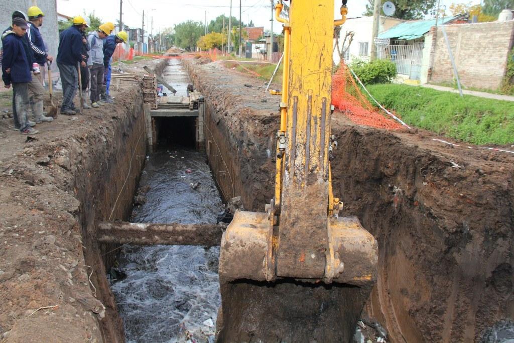 Vecinos de Barrio Mitre opinan sobre la obra hidraúlica después de las lluvias del fin de semana