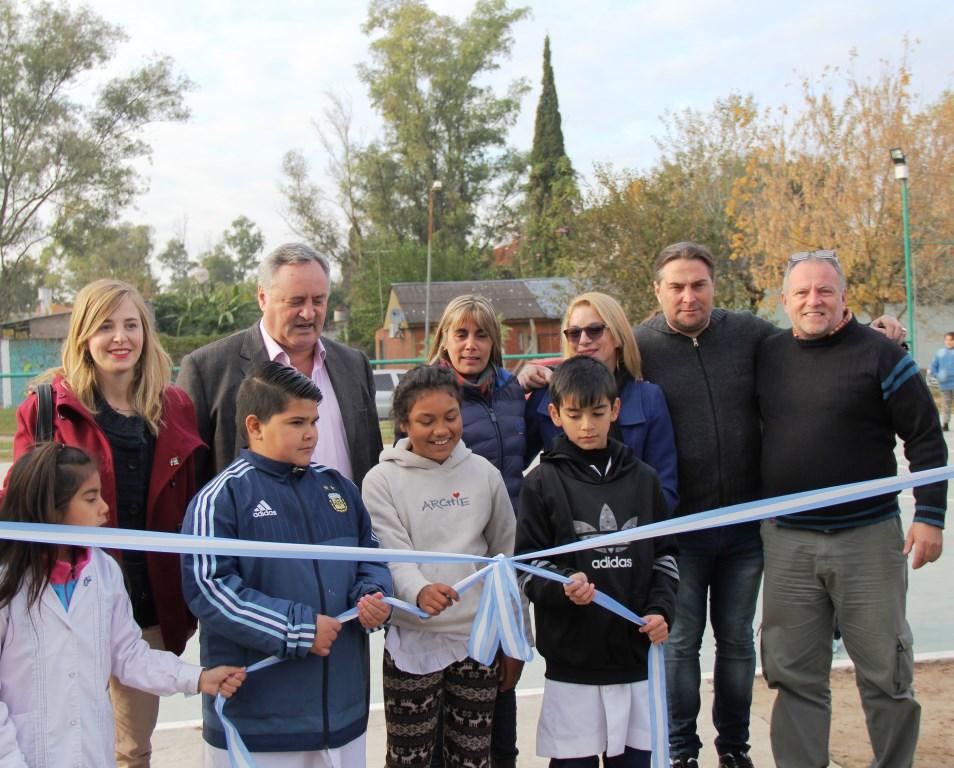 El Municipio de San Miguel sigue inaugurando playones deportivos para la comunidad educativa