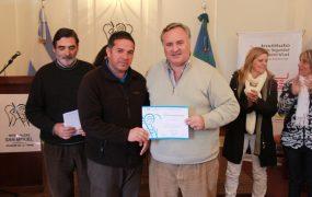 El jefe comunal entregó los diplomas