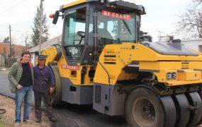 Jaime Méndez en obras de asfaltos en Trujui