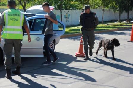 Operativos junto a policía la Bonaerense y Gendarmería Nacional