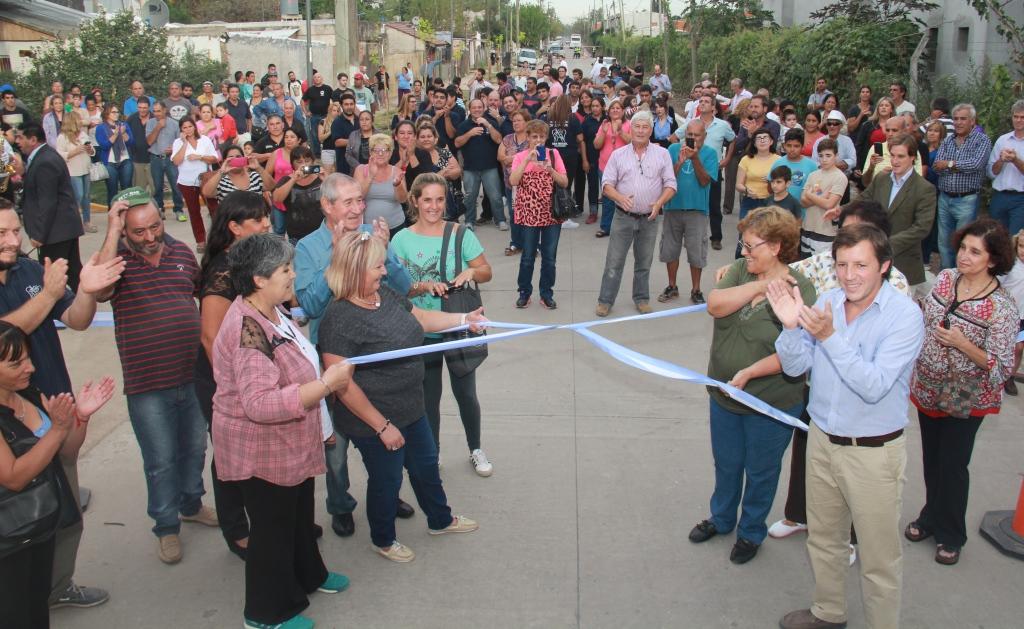 Nuevo pavimento en Ciudad Santa María