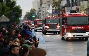 Los bomberos de San Miguel fueron parte del desfile