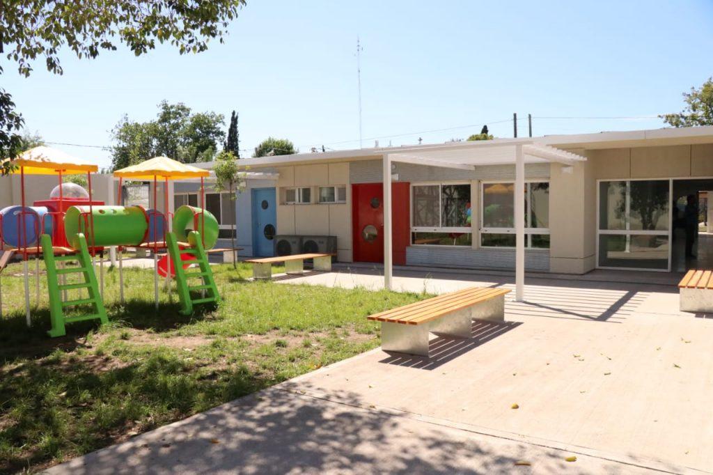 Avanza los nuevos jardines de infantes