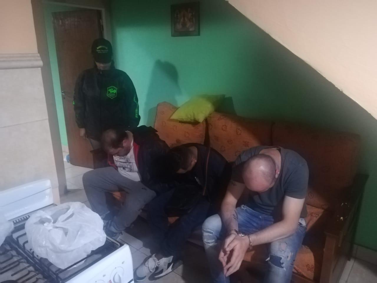 Detuvieron a seis personas por venta de droga