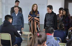 María Eugenia Vidal y Jaime Méndez visitaron la Escuela Técnica N°2