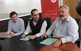 Jaime Méndez y Ramiro Tagliaferro firmaron un convenio para implementar «Ojos en Alerta» en Morón